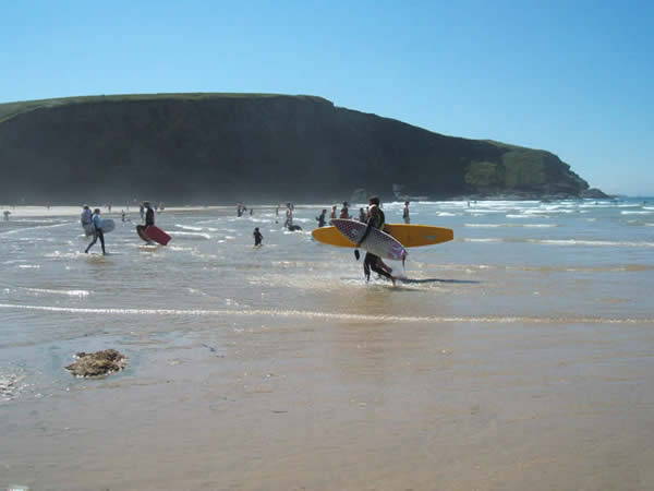 Surfers paradise at Mawgan Porth
